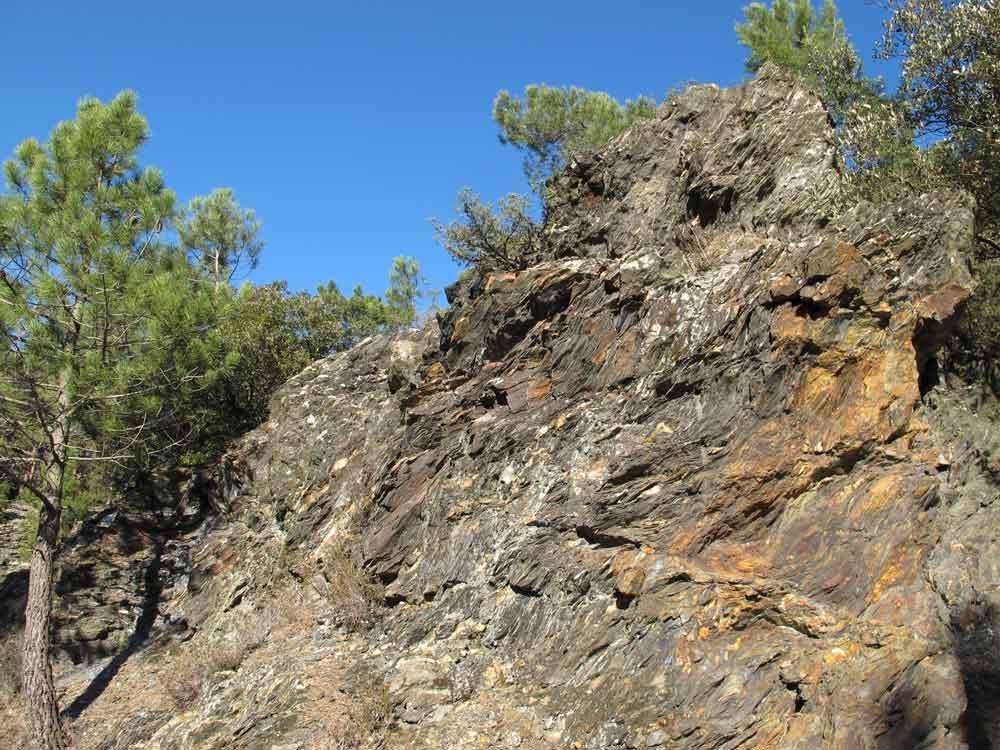 Le sentier géologique du Col Saint-Pierre