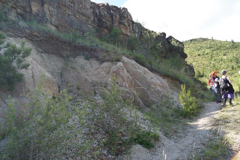 La limite granite-calcaire gréseux (Photo Robert Guin)