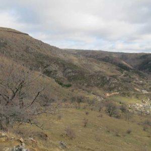 Paysage au-dessus de Ruas, entre granite, schiste et calcaire.