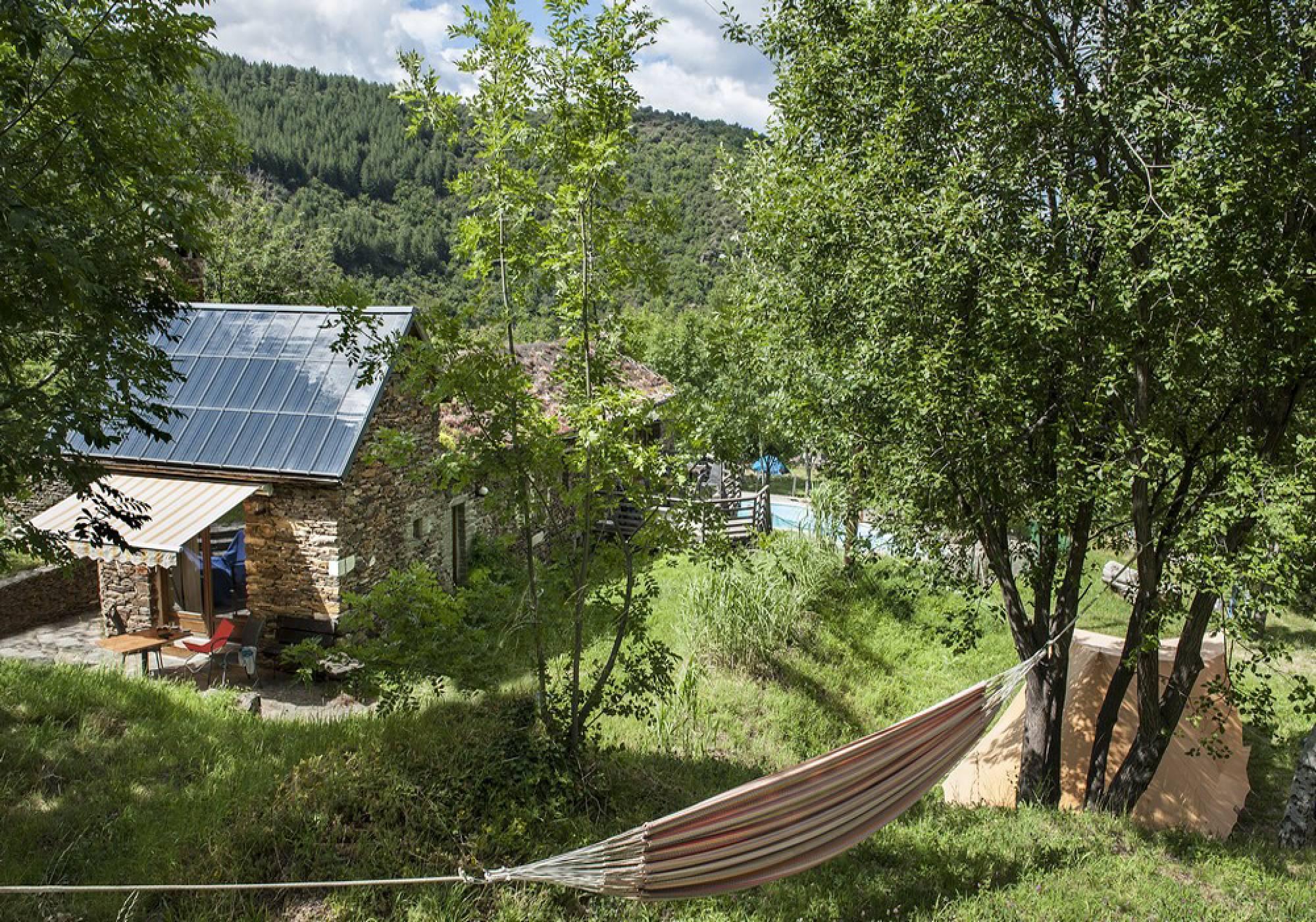 Camping naturiste, gîtes et studios - La Combe de Ferrière