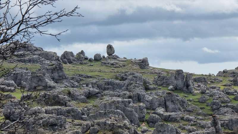 Paysage karstique - Le Veygalier - Nîmes-le-Vieux