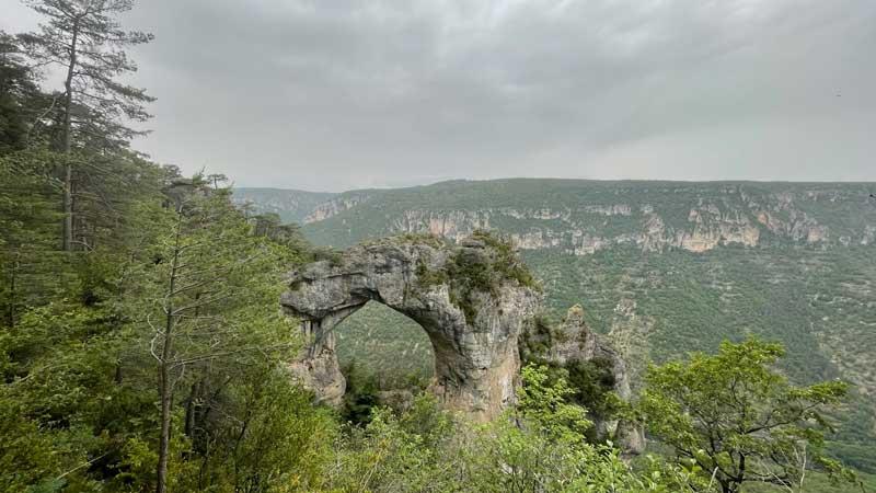 L'arche de dolomie - Cassagnes - La Bourgarie (photo Florence Arnaud)
