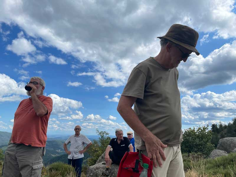 La pause - col de Montclar (photo Florence Arnaud)